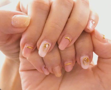 nail_hand